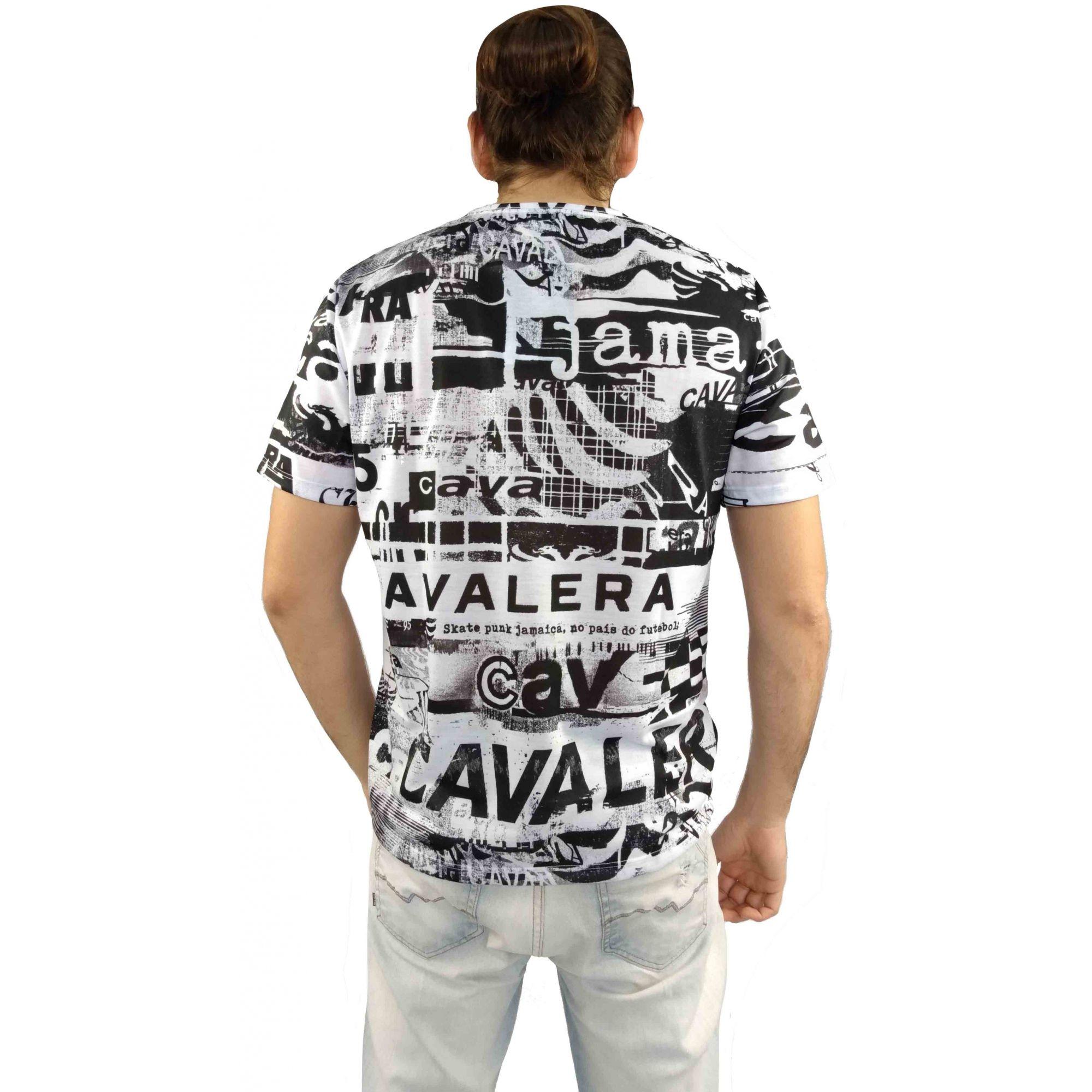 Camiseta Cavalera Masculina Estampada Preta e Branca