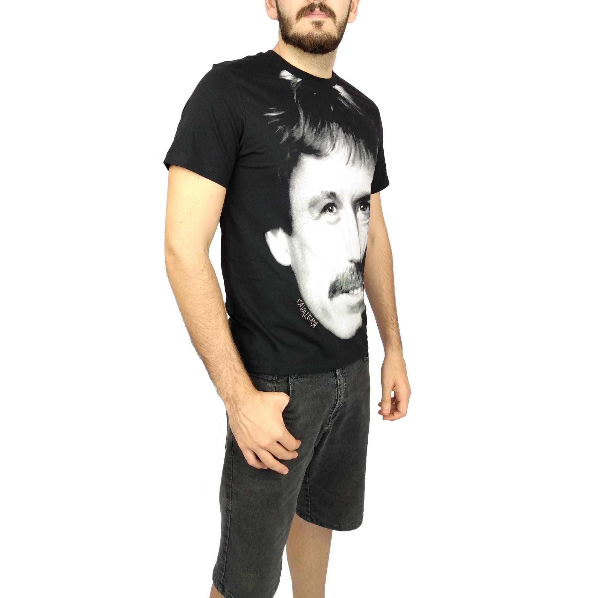 Camiseta Cavalera Masculina Chuck