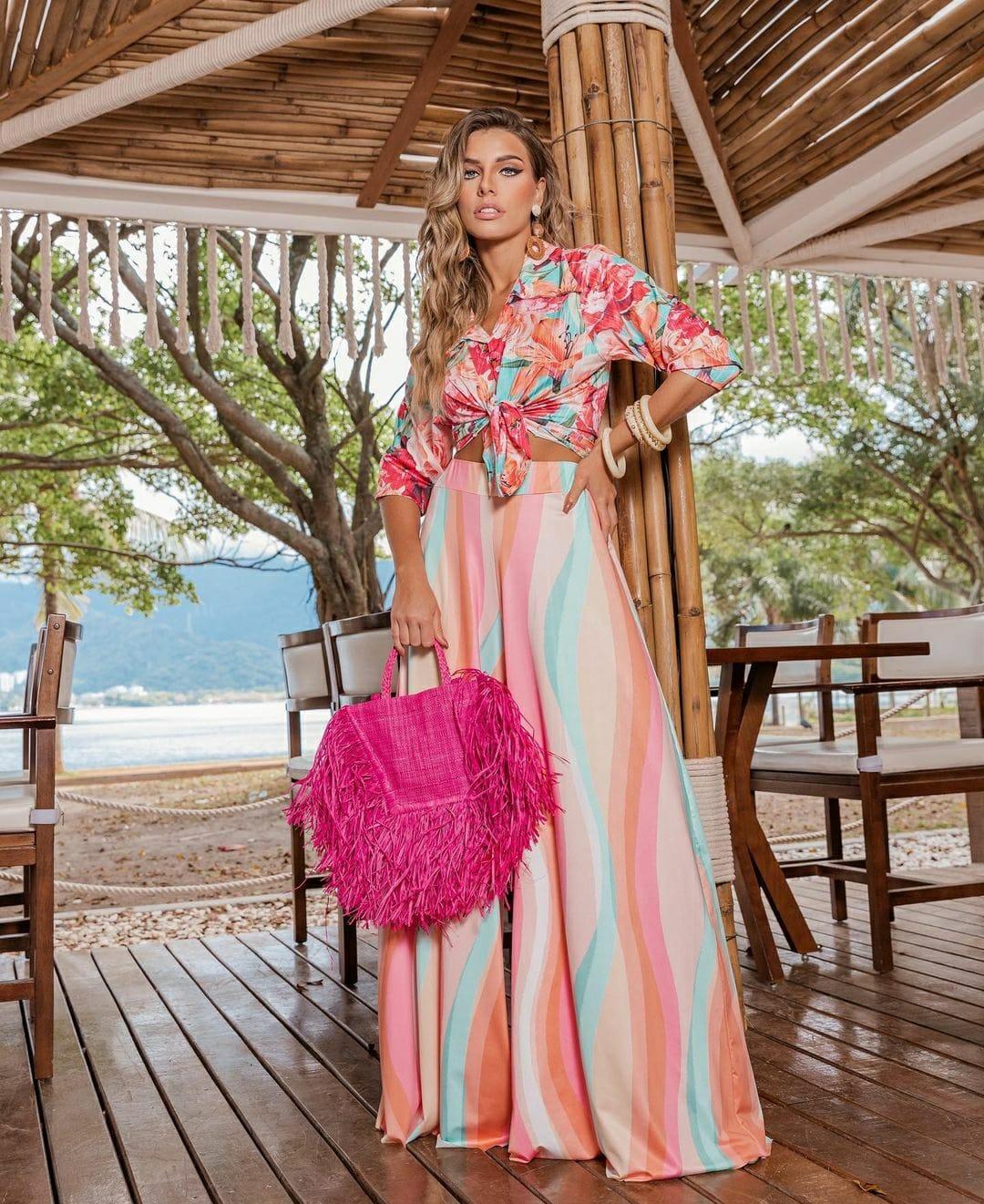 Camisa floral tropical turquesa