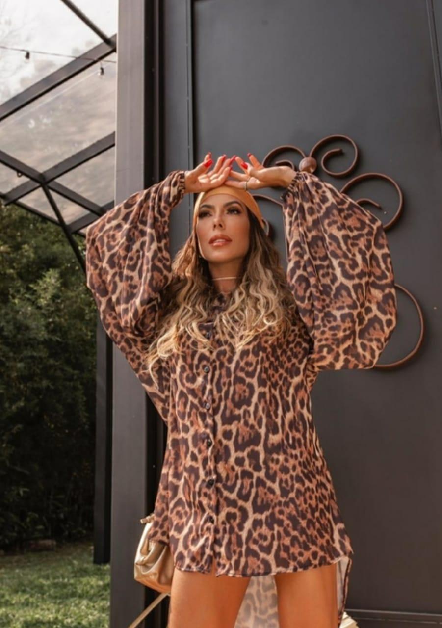 Camisa maxi over Size print animal Onça