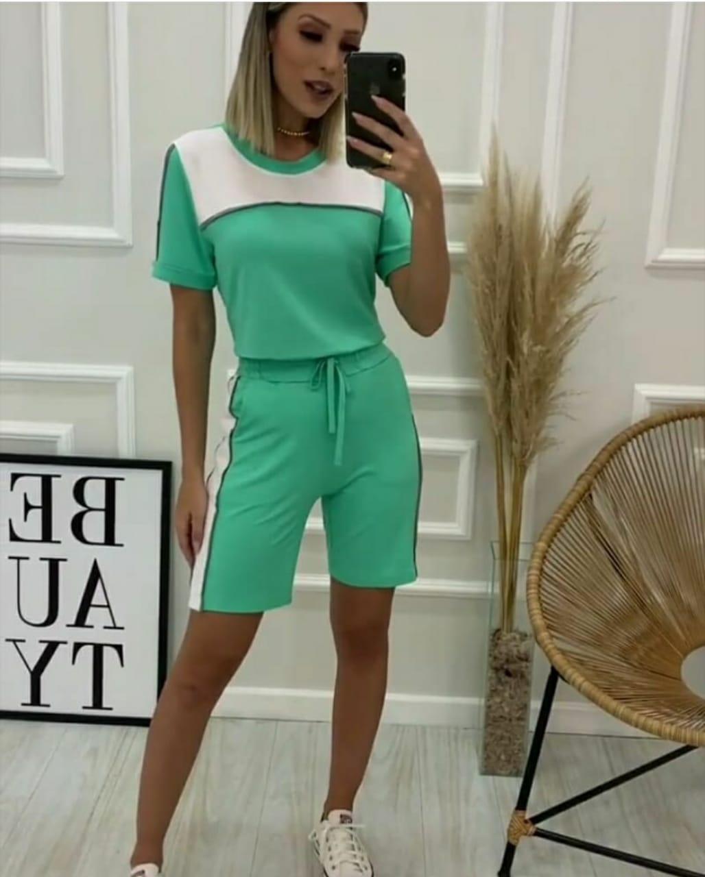 Conjunto moletinho homewear comfy bicolor verde água e branco