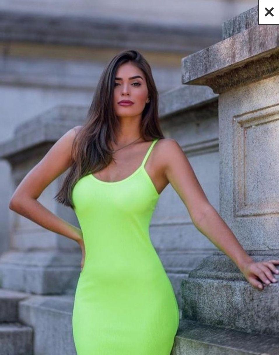 Vestido canelado Midi alcinhas verde neon