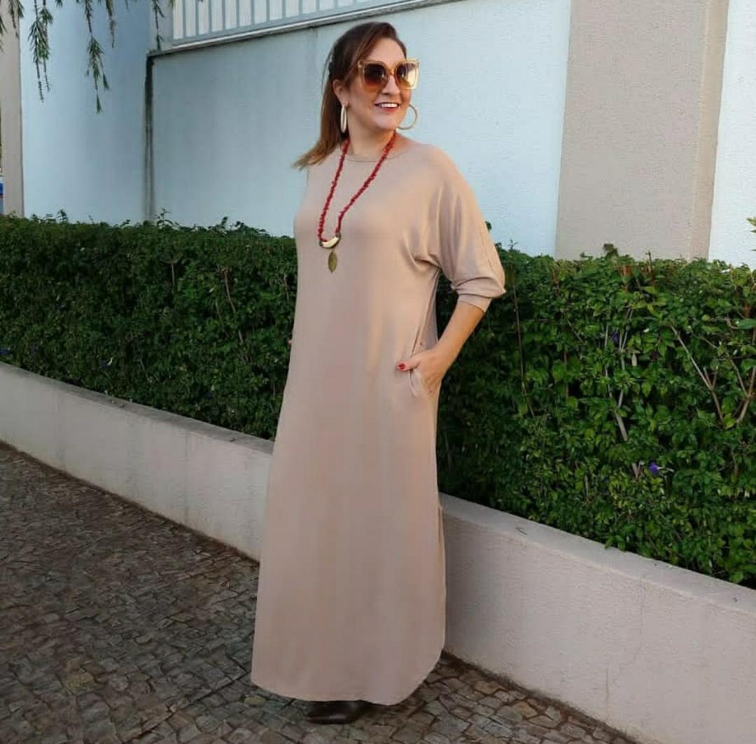 Vestido longo comfy fluído