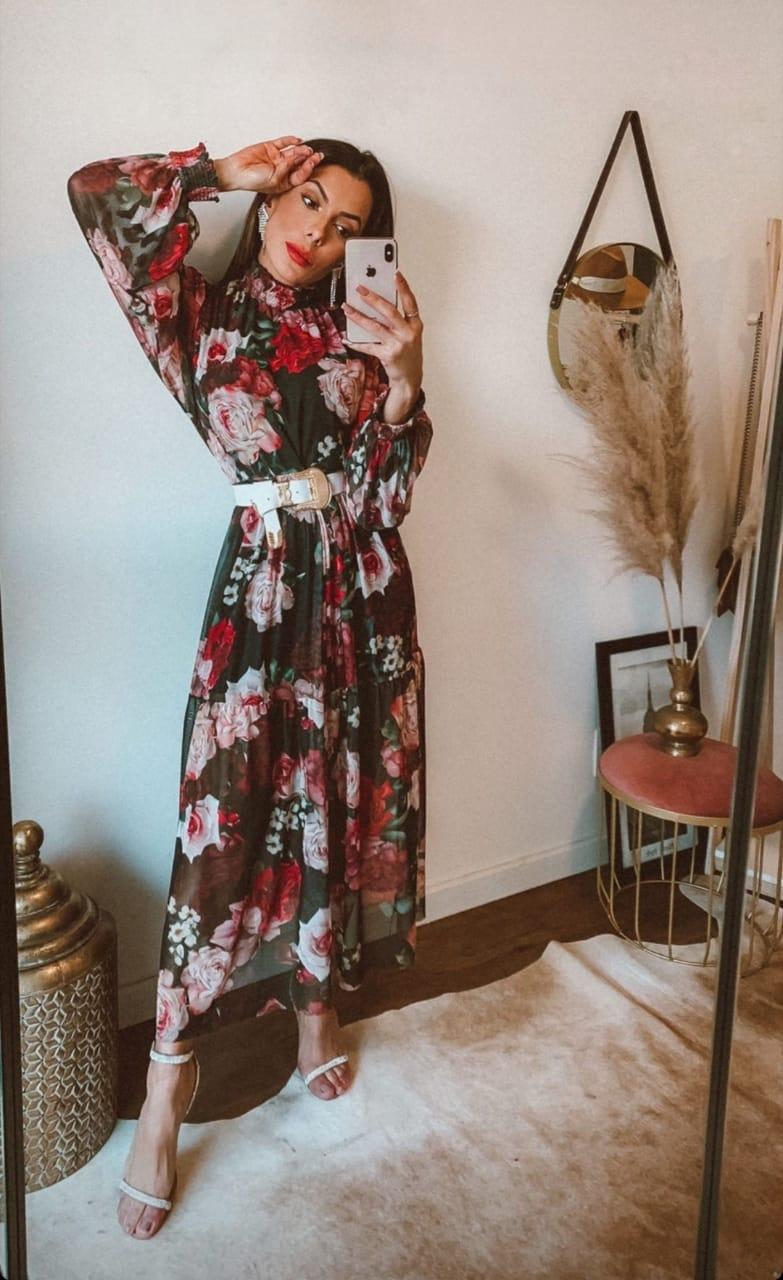 Vestido midi tule estampa rosas