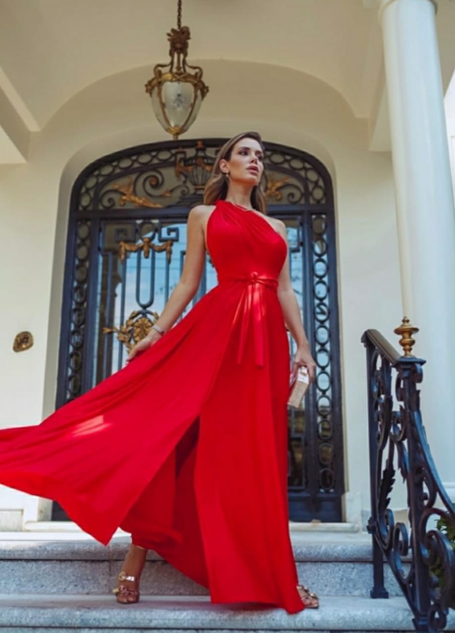 Vestido vermelho fenda frontal multi formas