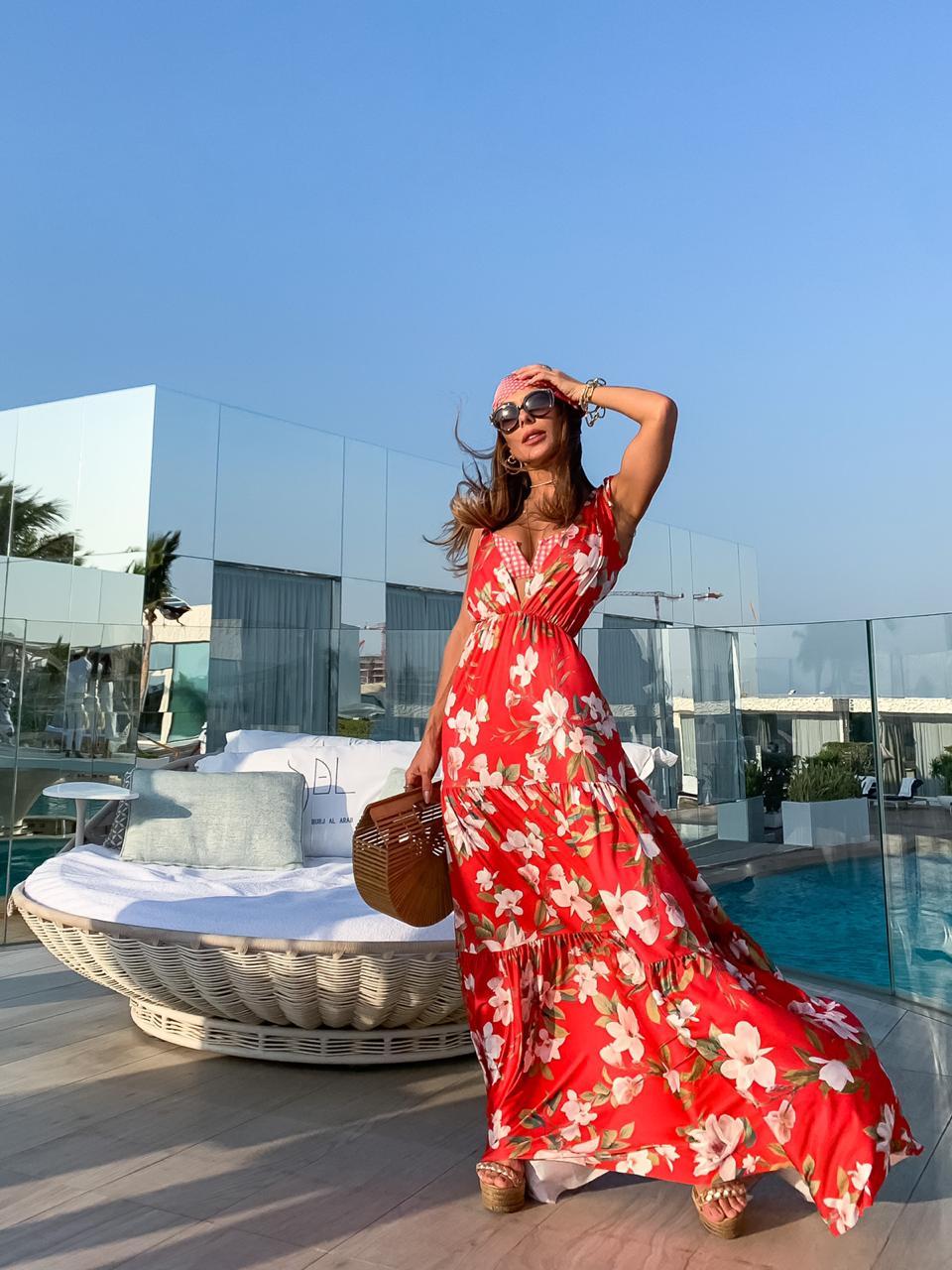 Vestido vermelho floral saia  tres Marias