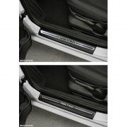 Jogo Soleira Premium Elegance Chevrolet Montana 2011 2012 2013 2014 2015 2016 2017 2018 2019 - 2 Portas ( Vinil + Resinada 4 Peças )