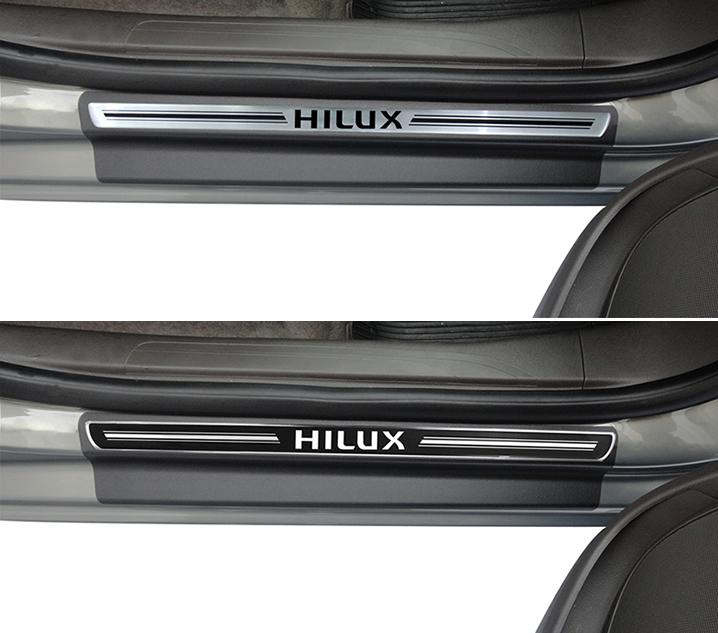 Jogo Soleira Premium Elegance Toyota Hilux 4 Portas 2006 2007 2008 2009 2010 2011 2012 2013 2014 2015 - 4 Portas ( Vinil + Resinada 8 Peças )