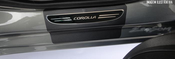 Jogo Soleira Premium Elegance Toyota Corolla 2015 2016 2017 - 4 Portas ( Vinil + Resinada 8 Peças )