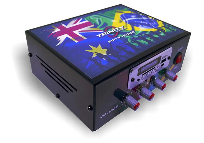 Amplificador de Mesa Trinity Fifty Four com Entrada USB 200W RMS 4 Canais - Ideal Para Som de Igrejas Lojas Casa