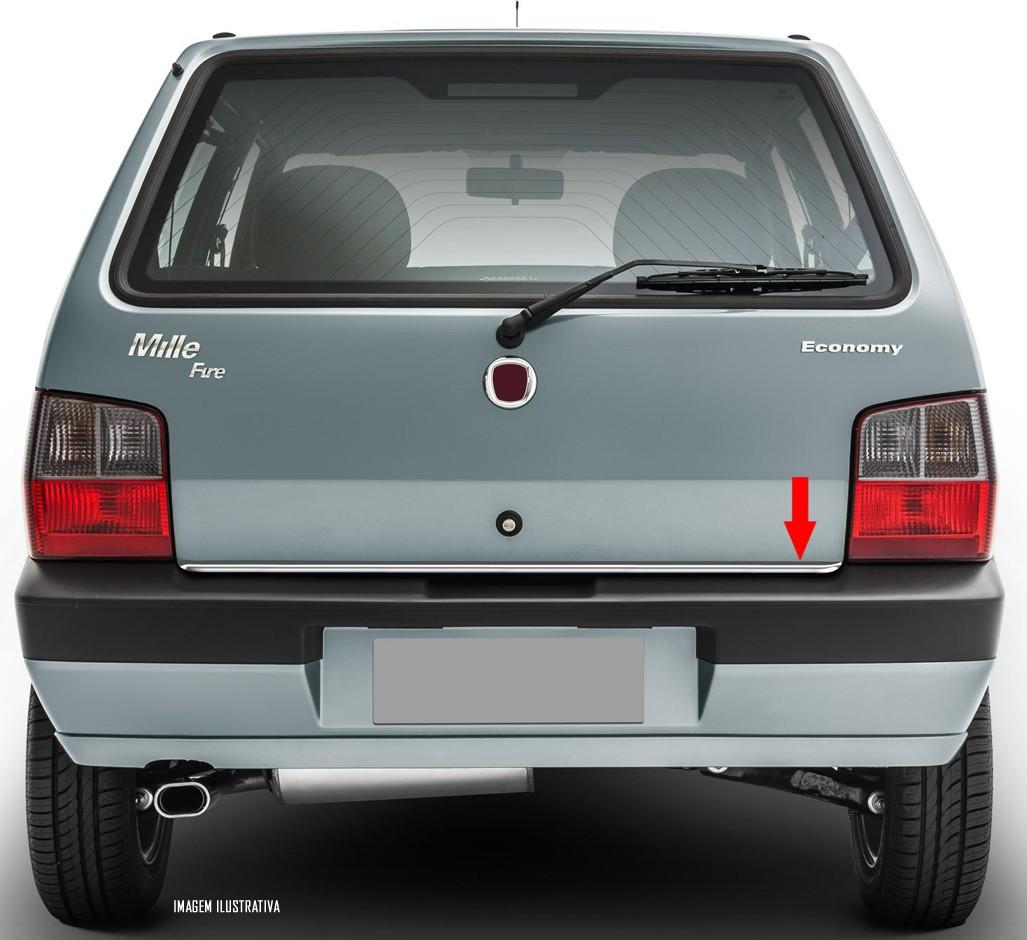 Friso Cromado Resinado Traseiro Porta Malas Fiat Uno 2004 2005 2006 2007 2008 2009