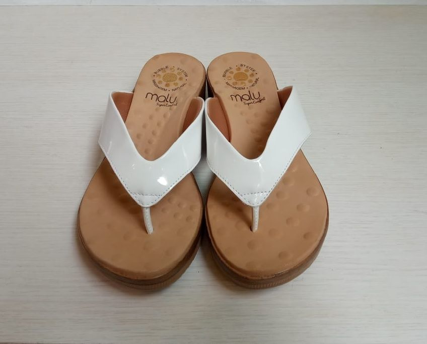 Sandália de Dedo Verniz Comfort