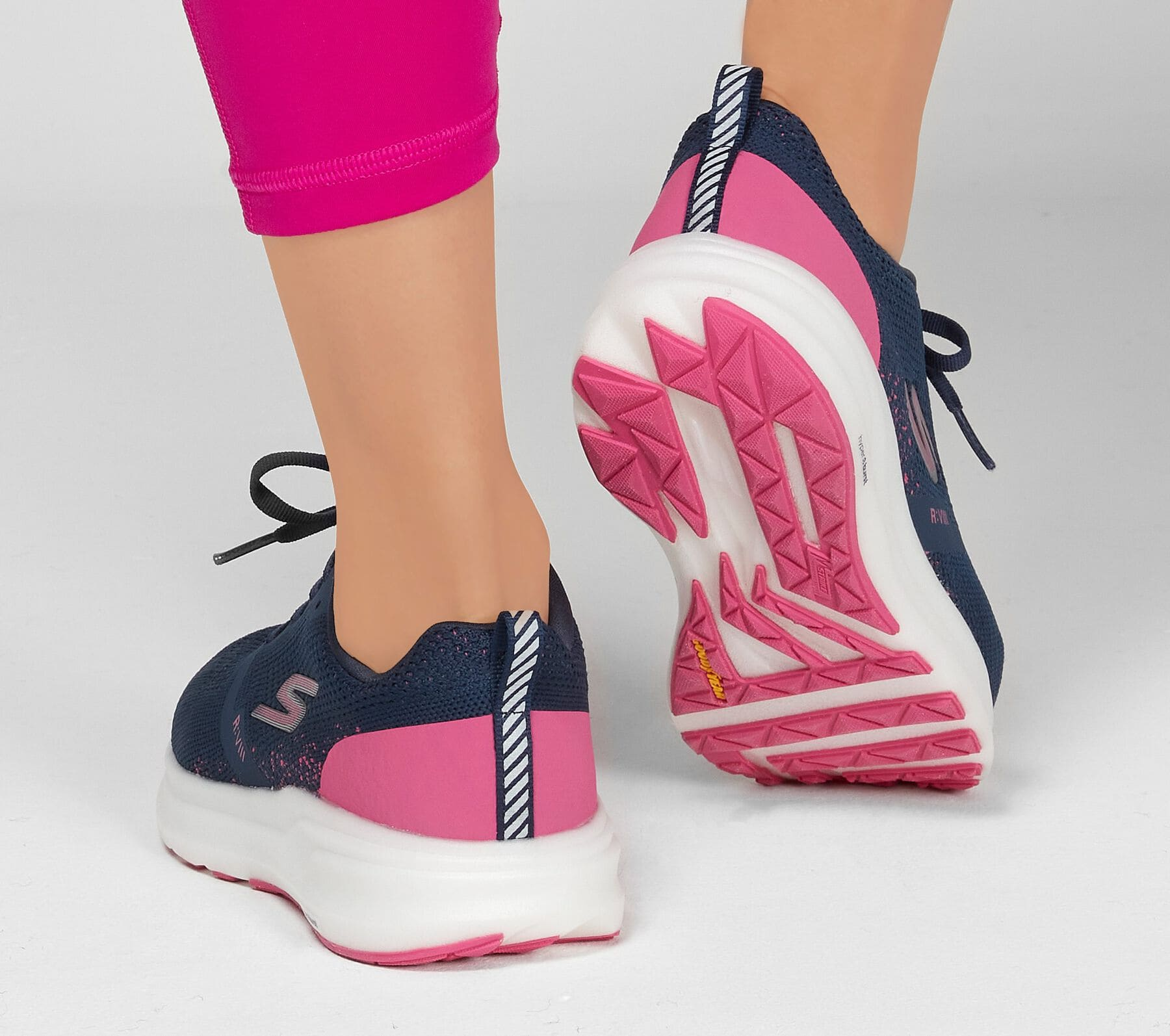 Tênis Go Run Ride 8 Feminino Skechers Navy e Pink