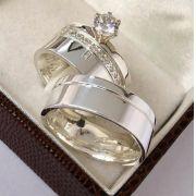 Aliança de namoro e anel solitario  Peso 14 gramas Largura 7mm - WM10120