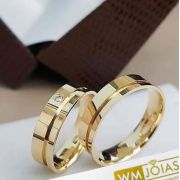 Aliança de para casamento ouro amarelo  Peso 9 gramas o par Largura 5mm- WM10012