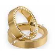 Aliança em ouro cravejada de pedras com 4,5mm e peso 16 a 18 G WM3110