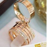 Aliança ouro 18k com anel solitário e aparador  Peso 12 gramas o par Largura 6 mm- WM10090