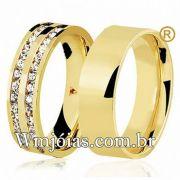 Aliança quadrada de ouro cravejada de pedras com 7 mm e peso 14 a 16G WM3113