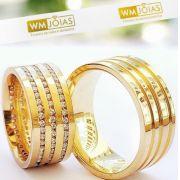 Alianças de luxo em ouro  18 k Peso 20 gramas  Largura 8mm- WM10139