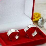 Alianças de namoro em prata Peso 12 gramas  Largura 6mm- WM10126