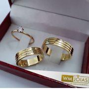 Alianças de ouro com com anel solitário  Peso 10 gramas  Largura 6 mm- WM10183