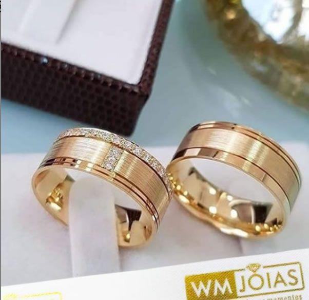 Aliança casamento em ouro 18k 750  Peso 15 Largura 7mm - WM10010