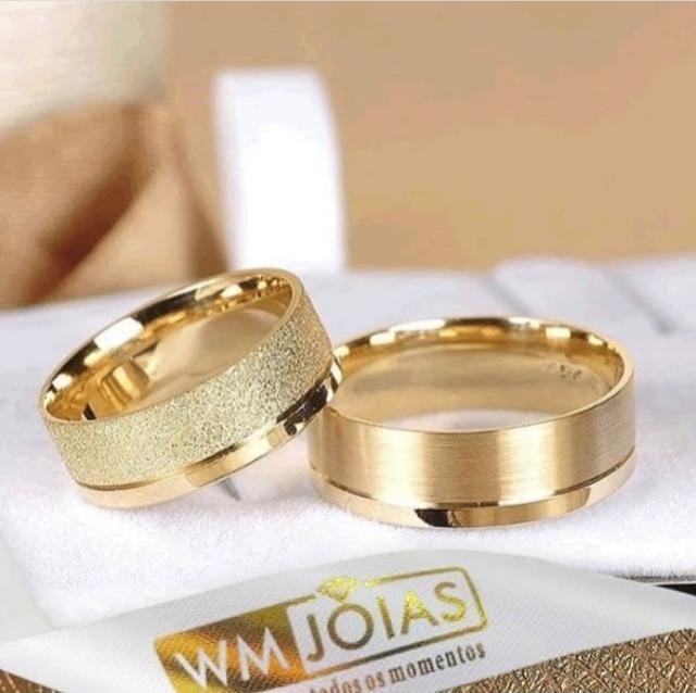 Aliança de casamento sem pedras  Peso 12 gramas o par Largura 6,5mm- WM10005