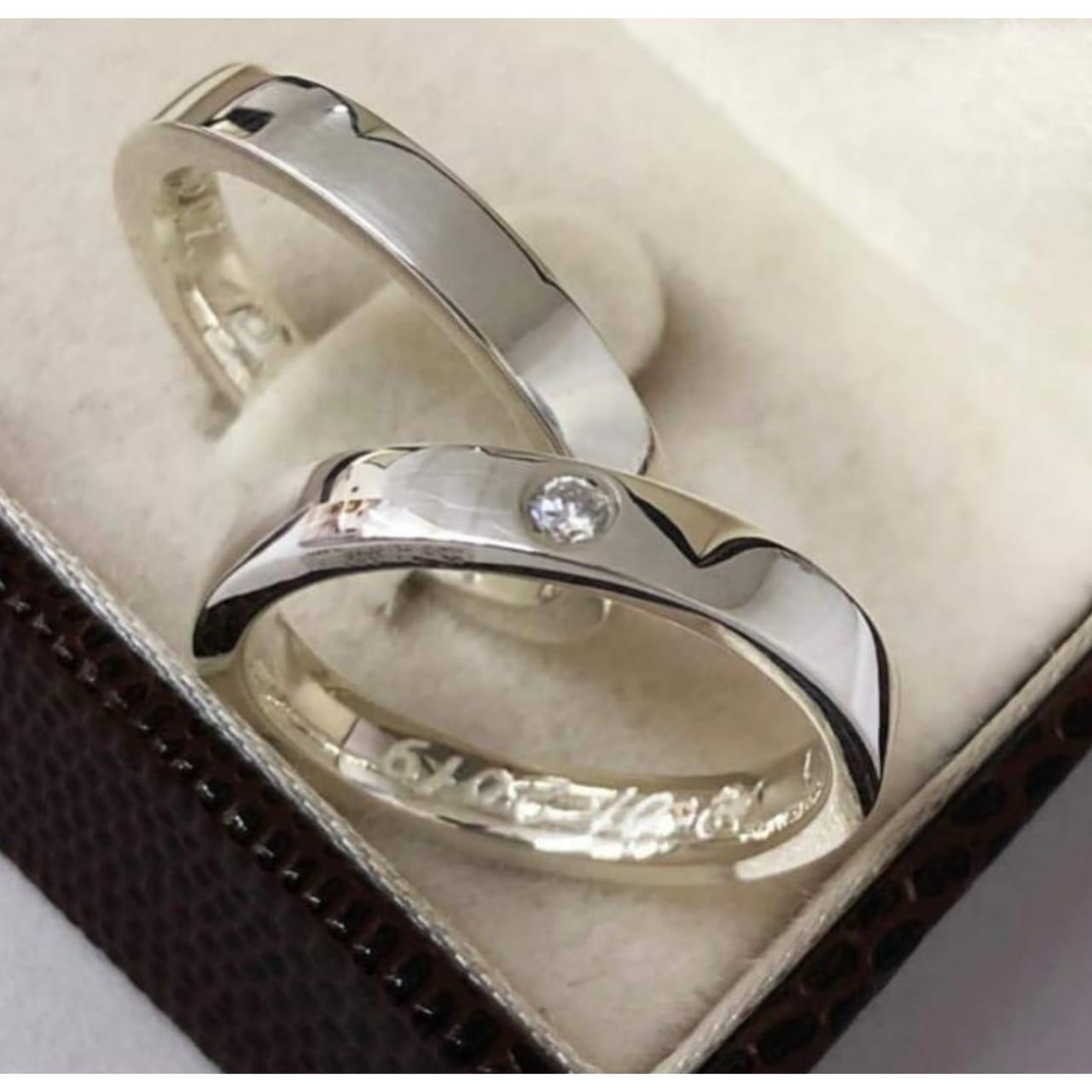 Aliança de compromisso em prata 950   Peso 8 gramas Largura 3,5mm - WM10215