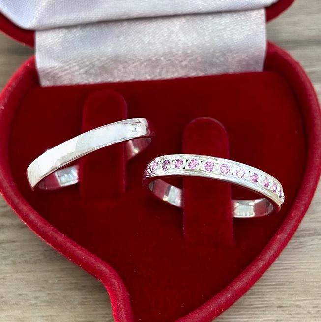 Aliança de namoro com pedra rosa 3mm WM10318