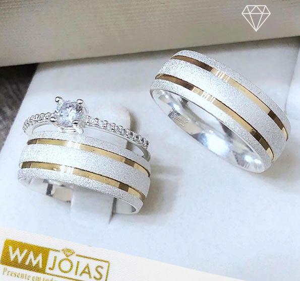 Aliança de namoro e anel solitario  Peso 14 gramas Largura 7mm - WM10128