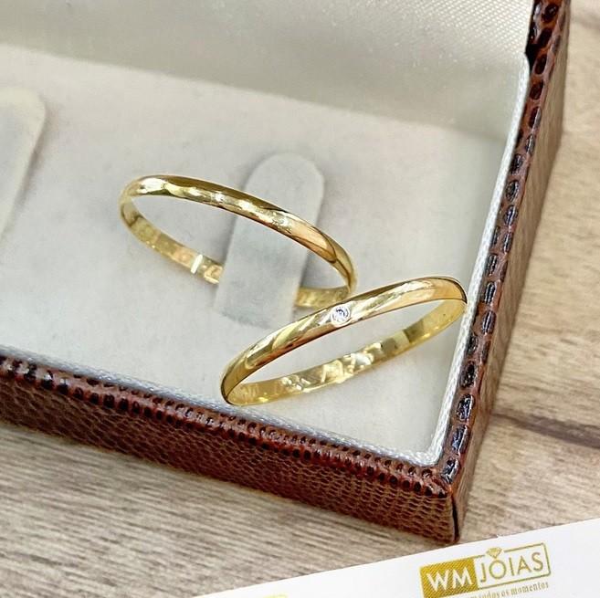 Aliança de ouro amarelo 18k 750  Peso 2 Largura 1,5 mm - WM10107