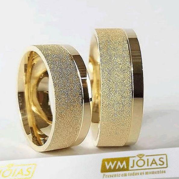 Aliança de ouro sem pedras Peso 16 gramas o par Largura 8mm WM10050