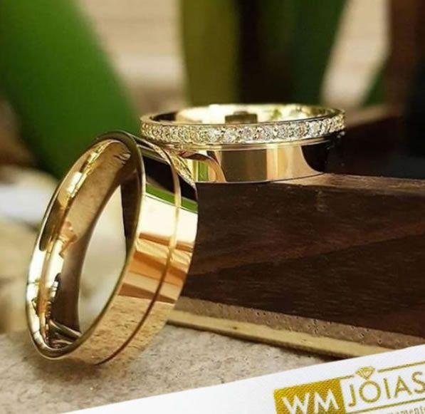 Aliança em ouro 18k para casamento   Peso 10 Largura 5mm - WM10018