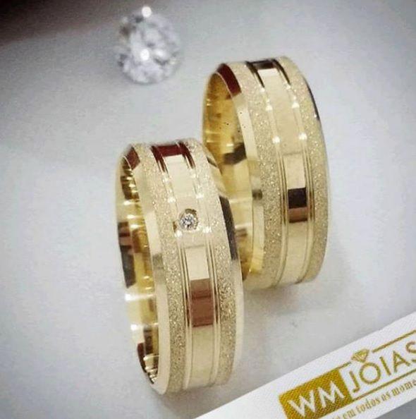 Aliança noivado e casamento ouro  Peso 11 gramas o par Largura 6mm- WM10030
