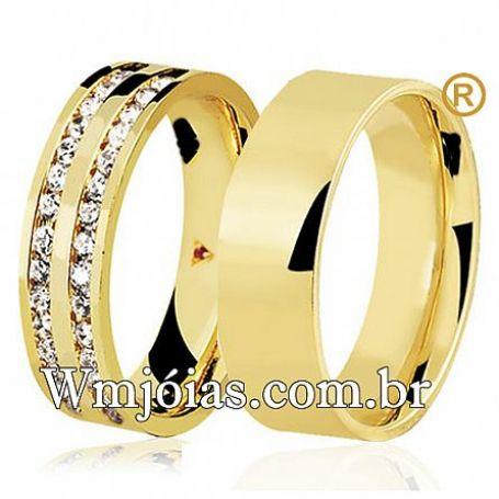 Aliança quadrada de ouro cravejada de pedras com 7 mm e peso 14 a 16 GWM3113
