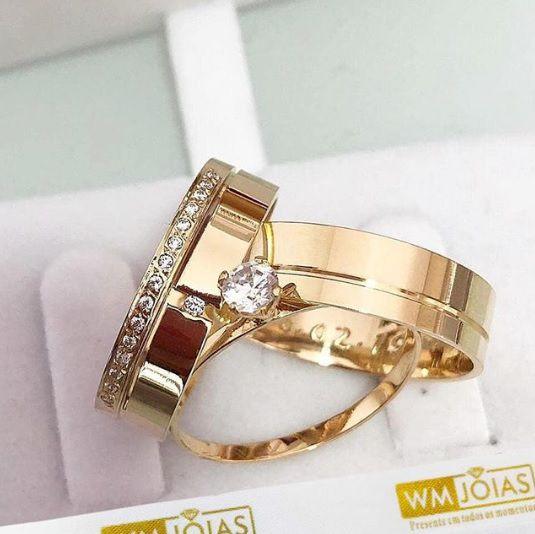 Alianças de casamento e Noivado mais anel solitário  Peso 10 gramas o par Largura 5 mm- WM10081