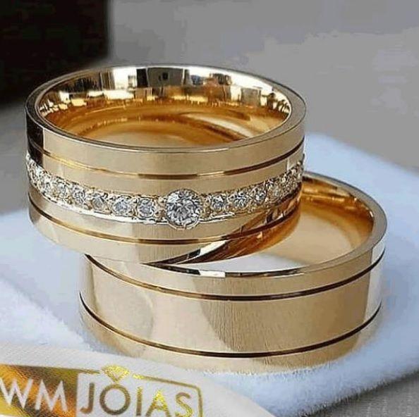 Alianças de Casamento e Noivado  Peso 15 gramas o par Largura 7mm- WM10036