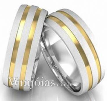 Alianças de namoro com filete de ouro 6.5mm  WM3049