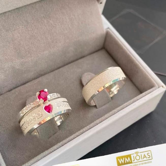 Alianças de namoro e anel solitario em prata  6mm  WM10322