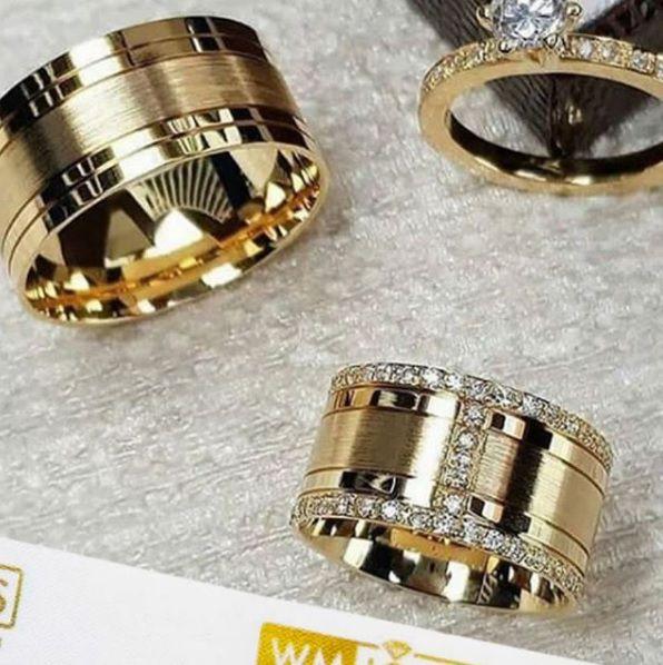 Par de  alianças mais anel de noivado em ouro WM10033