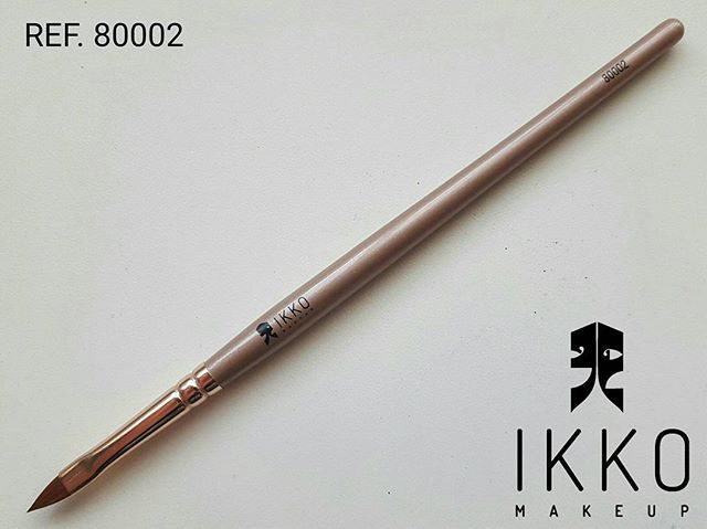 Pincel Profissional para Batom 80002- Ikko Makeup