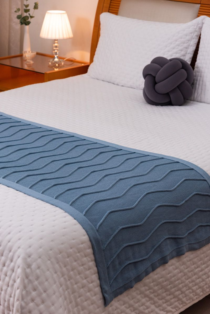 Peseira Decorativa Antialérgica Linhas Tricot Azul Claro 70x180