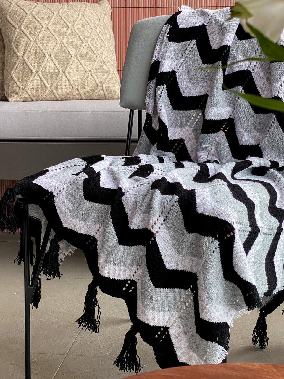 Manta Decorativa Tricot Chevron Preto
