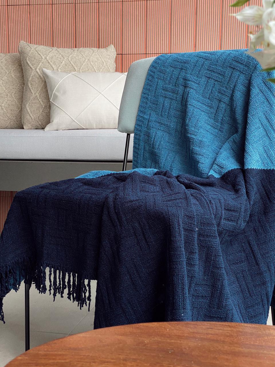 Manta Decorativa Tricot Greta Azul
