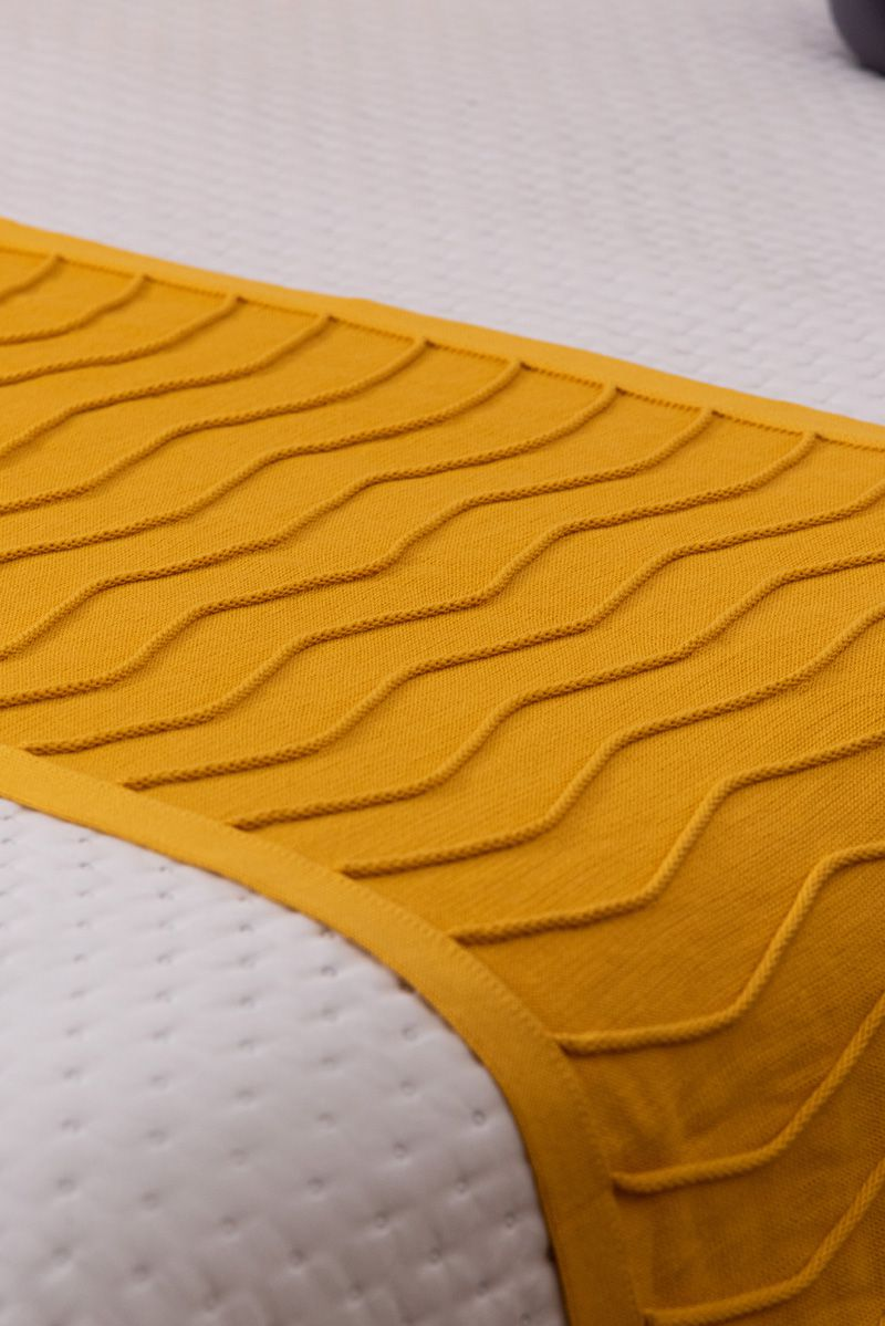 Peseira Decorativa Antialérgica Linhas Tricot Amarelo 70x180
