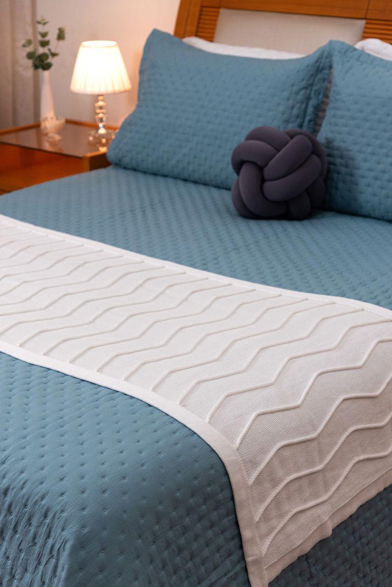 Peseira Decorativa Antialérgica Linhas Tricot Off-White 70x180
