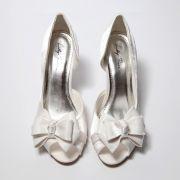 Sapato Peep Toe Branco com Laço