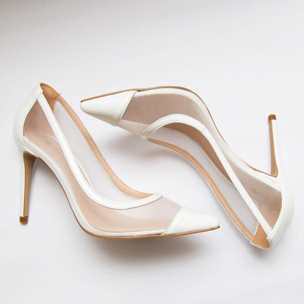 Sapato Scarpin de Tela Branco