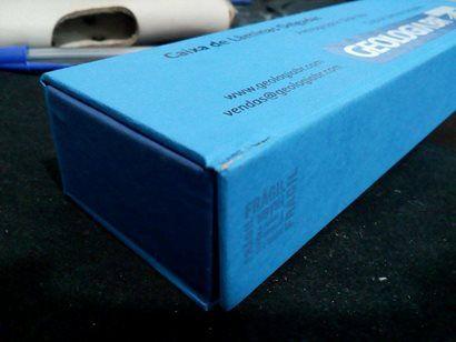 Caixa de Lâminas Delgadas com Pequenos Defeitos