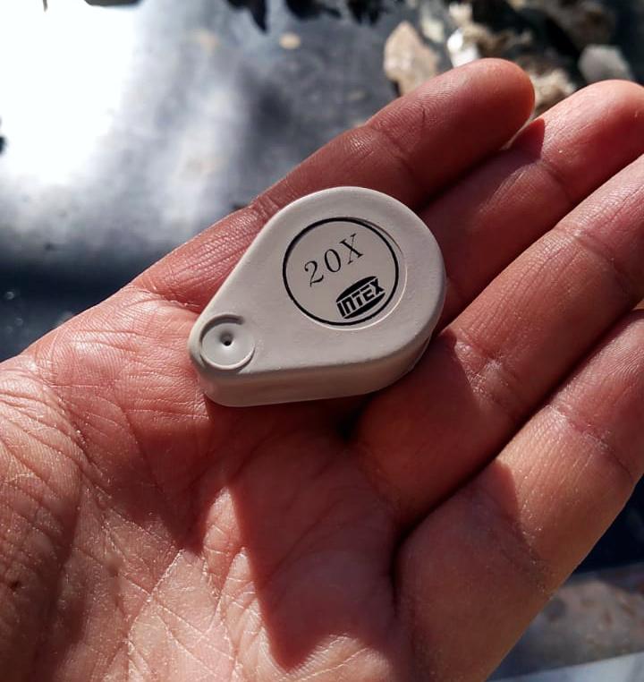 Lupa de Bolso Intex 20x - Plástico (ABS)